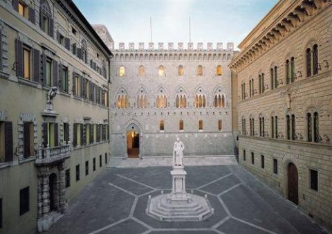 siena-palazzo-salimbeni-banca-monte-dei-paschi-di-siena-480x338.jpg